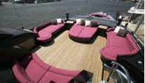 Palmer Johnson Sundeck