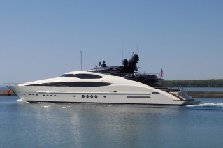 Palmer Johnson Yacht Vantage - Photo courtesy of Palmer Johnson.JPG