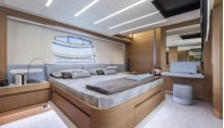 Pershing 82 Superyacht - Cabin-001