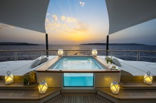 Polar Star superyacht jacuzzi at night - Photo Stuart Pearce