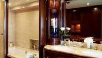RED ANCHOR Master ensuite