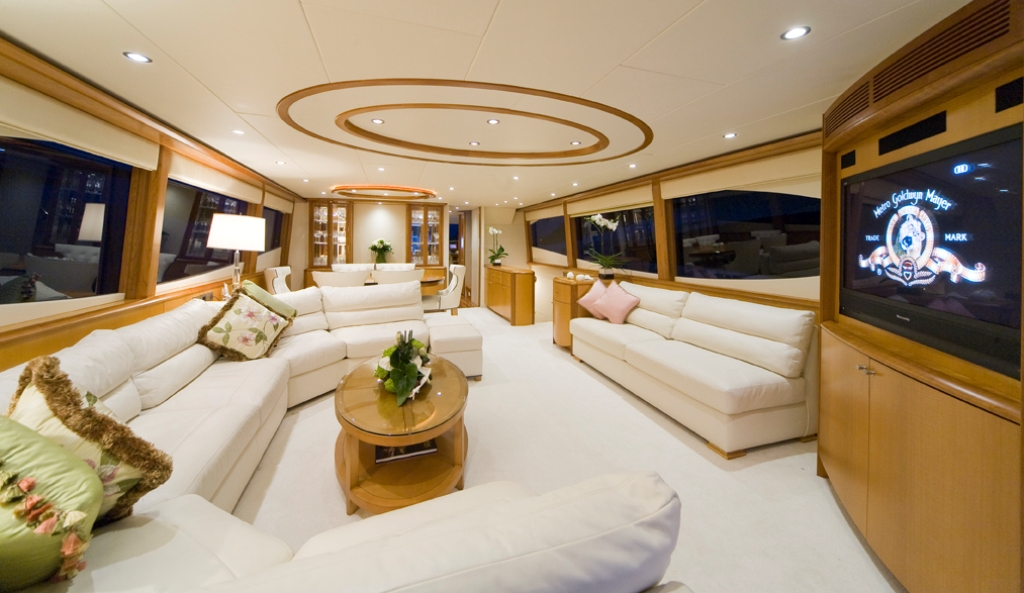 luxury yacht charter reeges dream salon lazzara