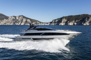 RIVA100Corsaro on the run
