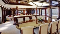 ROCK.IT superyacht - Main Deck Dining - Photo by Feadship Fanclub