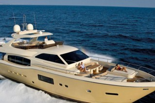 Relax on the Ferretti Altura 840.png