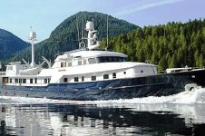 Expedition Yacht Revelation