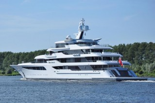 Royal Romance superyacht - Photo Jan Ramaker and Feadship Fanclub