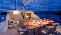 SAILING NOUR - Deck Dining 2