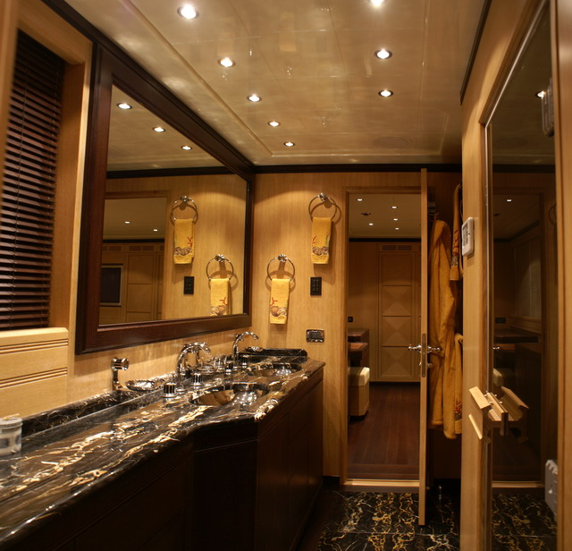 luxury yacht charter samoa bay master ensuite bathroom mangusta