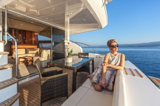 SASSY - Aft deck seating