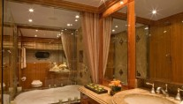 SEA LEGEND - Master Ensuite