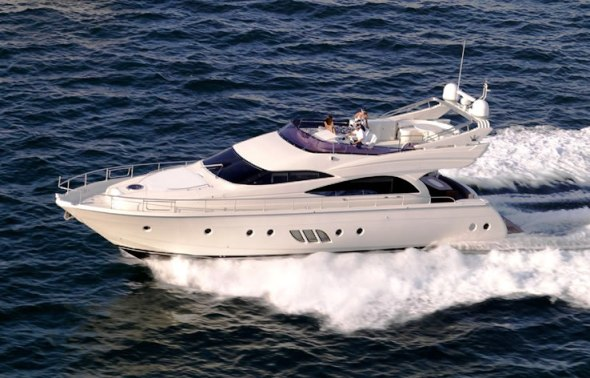 Motor Yacht�SEA WITCH