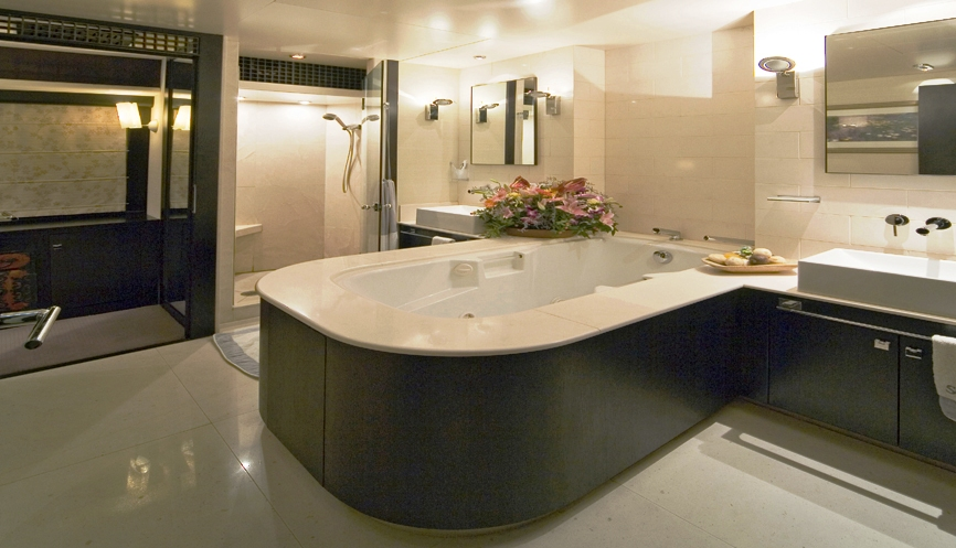SENSEI Master Bathroom Luxury Yacht Browser By