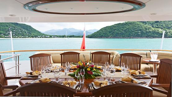 SEVEN SEAS -  Sun deck Al fresco Dining