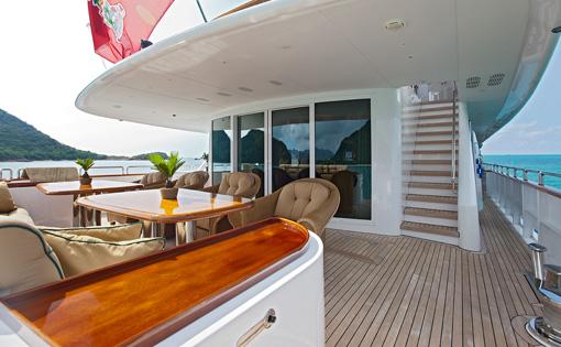SEVEN SEAS -  Upper Deck