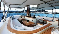 SILENCIO -  Flybridge Al fresco Dining