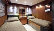 SIMPLE PLEASURE - Port twin cabin credit Sunseeker Yachts