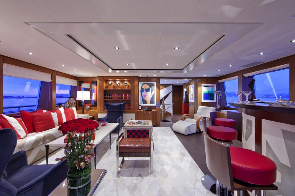 SNOWBIRD Deck Lounge