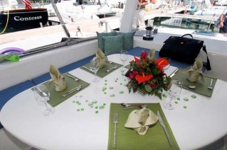 SWISH - Table setting