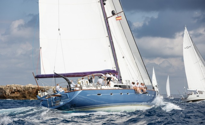 Sailing Yacht Bare Necessities