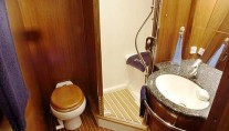 SY MUSTIQUE -  Bathroom sistership