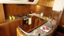 SY MUSTIQUE -  Galley sistership