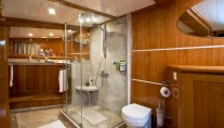 SY SILVER MOON - Spacious ensuite
