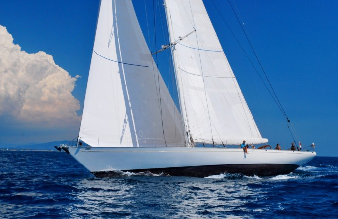 Sailing yacht WHITEFIN