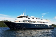 M/Y Safari Explorer