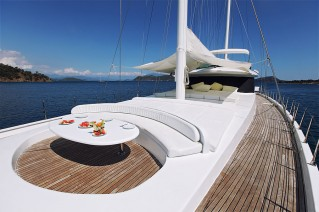 Sail Yacht ANGELO II -  Foredeck Dining
