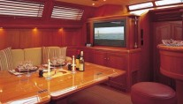 Sail Yacht AVALON -  Salon Dining
