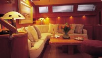 Sail Yacht AVALON -  Salon Seating