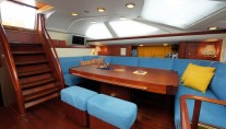 Sail yacht BILLY BUDD -  Salon dining