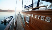 Sail yacht CLEAR EYES - Side Deck