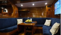 Sail yacht MARGAUX -  Salon and Dining