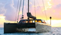 Sailing Catamaran Zenyatta - Sunset