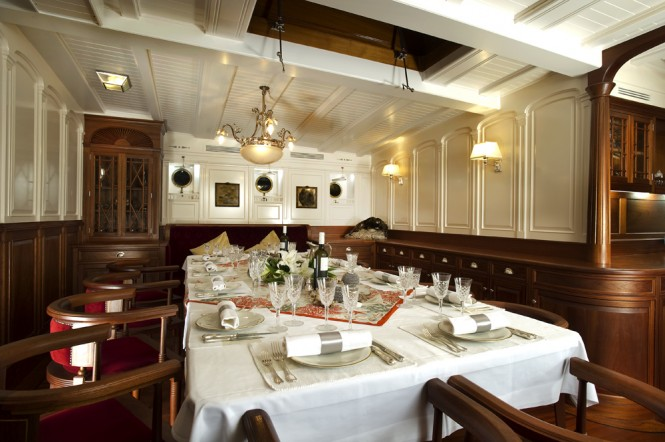 Sailing Schooner ATLANTIC -  Formal Dining