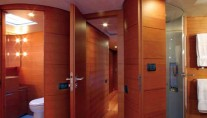 Sailing Yacht ATTIMO - Cabin entry