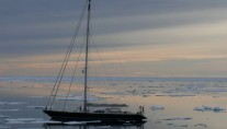Sailing Yacht Billy Budd 2 -  Sailing in the Ice