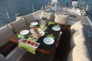 Sailing Yacht CONSTANTER - Alfresco dining