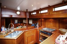 Sailing Yacht KIM - Galley