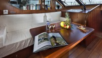 Sailing Yacht Myosotis -  Main Salon detail