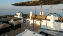 Sailing Yacht TWIN010