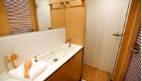Sailing yacht ALIX - Master Bathroom