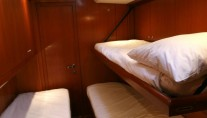 Sailing yacht ALPINA -   Twin Cabin