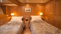 Sailing yacht ATHOS -  Twin Cabin