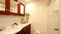 Sailing yacht Annagine - Master Cabin Bathroom