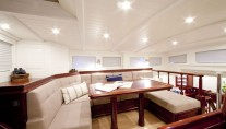 Sailing yacht Annagine - Upper Salon seating