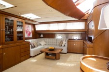 Sailing yacht INFATUATION - Salon Seating