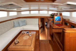 Sailing yacht KEALOHA -  Main Salon